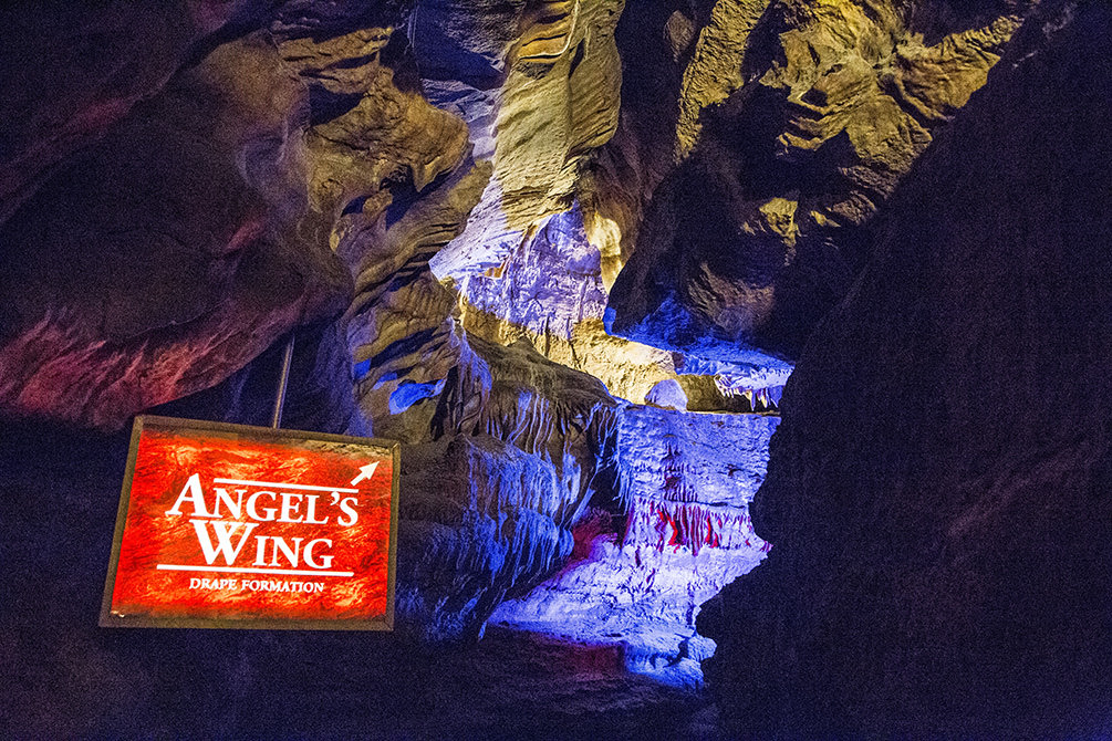 angel's wing formation at ruby falls